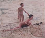 Dans le Sable by Hugh Michel Berrouet